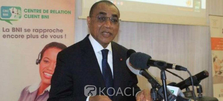 Côte d'Ivoire : Les ministres iront en mission à l'étranger avec des cartes visas prépayées, hmm hmm