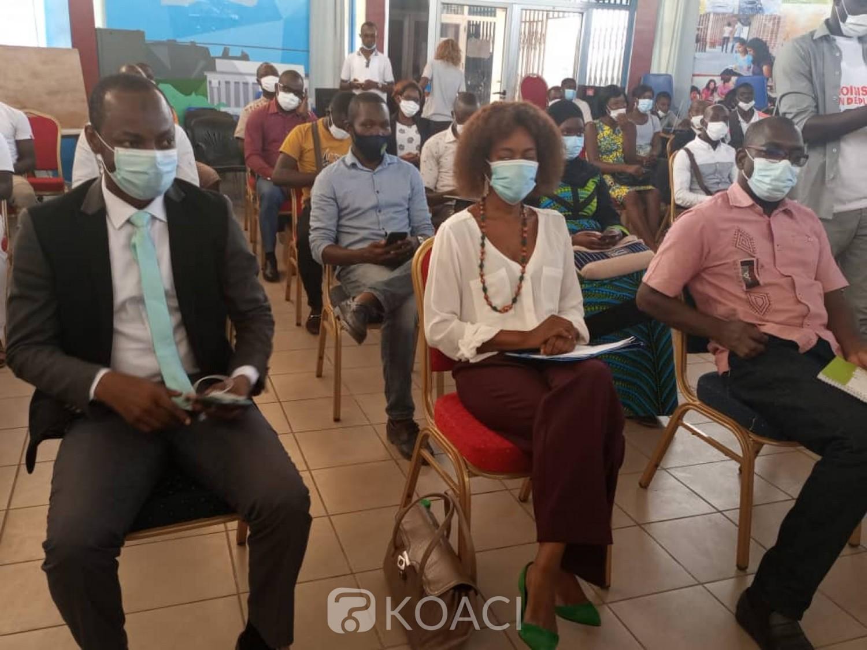 Côte d'Ivoire : Bouaké, afin de contribuer à des élections apaisées, des associations de jeunesses à l'école du RIL et d'une Fondation