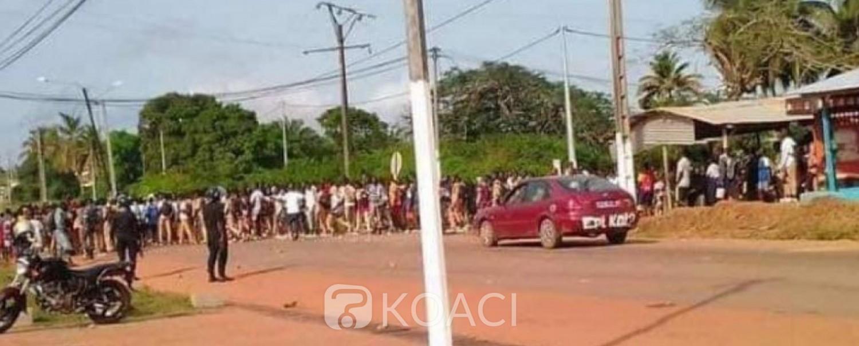 Côte d'Ivoire : Sassandra, absence aux cours de certains professeurs vacataires, des élèves manifestent devant la préfecture