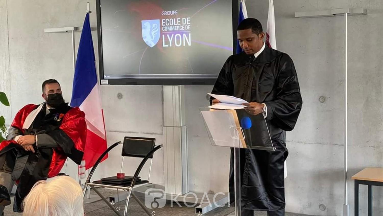 Cameroun: Samuel Eto'o reçoit le titre de Docteur Honoris Causa
