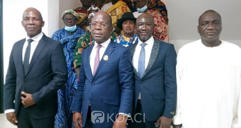 Côte d'Ivoire : Accompagné des chefs de villages, le député indépendant de Sikensi remet sa victoire au RHDP