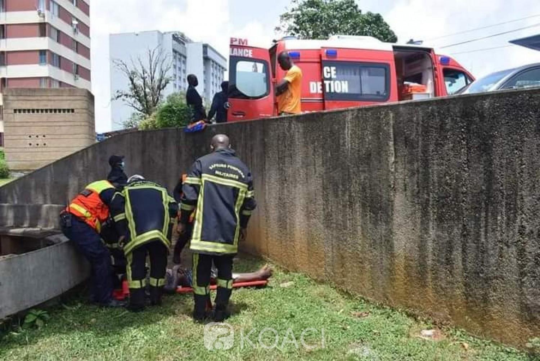 Côte d'Ivoire : Plateau, désespéré, il grimpe à 15 mètres dans un arbre et tente le suicide