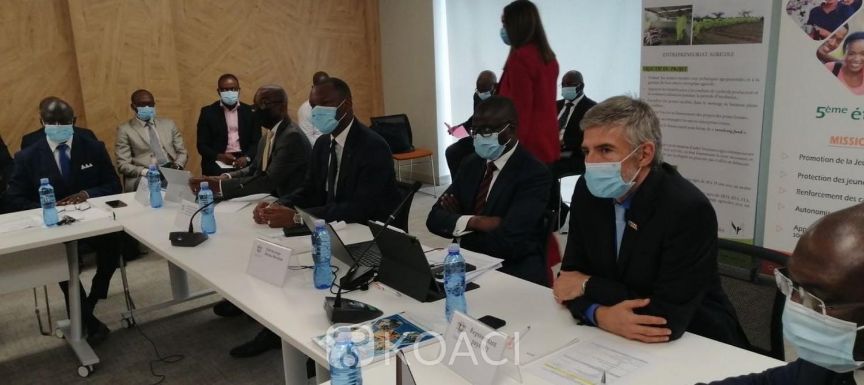 Côte d'Ivoire :   Insertion des jeunes, 65 631 jeunes ont bénéficié de financement de la Banque mondiale de 2015 à 2020 dans le cadre du PEJEDEC
