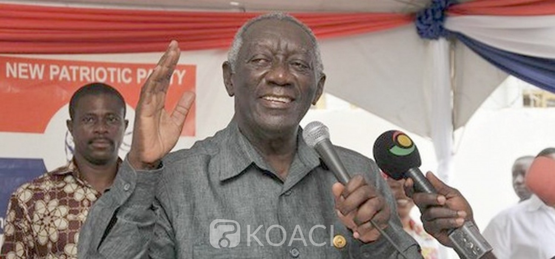 Ghana : Addo-Kufuor ministre de la Défense sous son frère Kufuor, motifs