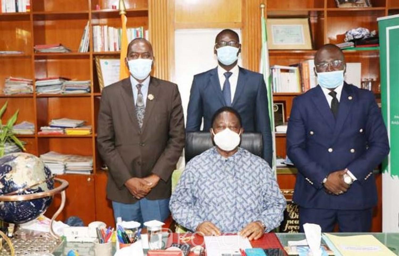 Côte d'Ivoire : Trois indépendants  qui ont rejoint le PDCI réitèrent leur disponibilité et loyauté à son groupe parlementaire