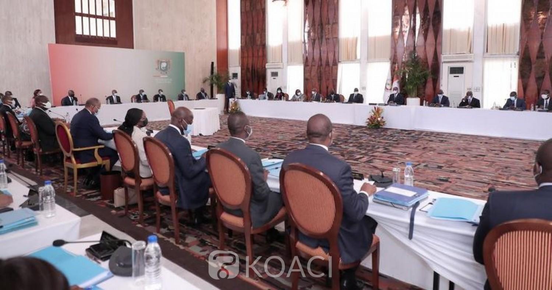 Côte d'Ivoire : Alassane Ouattara interpelle les nouveaux ministres sur les nuisances sonores de leurs sirènes et annonce un décret dans les prochains jours