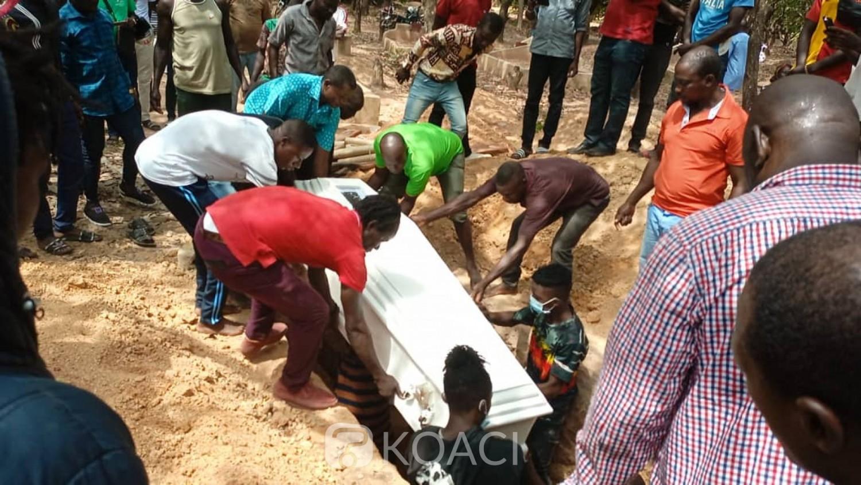 Côte d'Ivoire : Ferké, inhumation du reggaeman Watchman sans aucune présence d'un artiste du pays, sa famille biologique à ses côtés