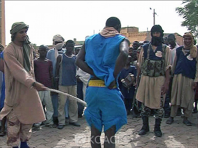 Mali : Les djihadistes amputent en public les voleurs présumés, arrêtés par à Ansongo