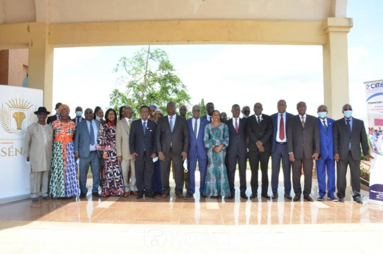 Côte d'Ivoire :  Les capacités des sénateurs membres de la CAEF renforcées en matière d'examen des budgets-programmes afin d'aboutir à un contrôle axé sur la performance