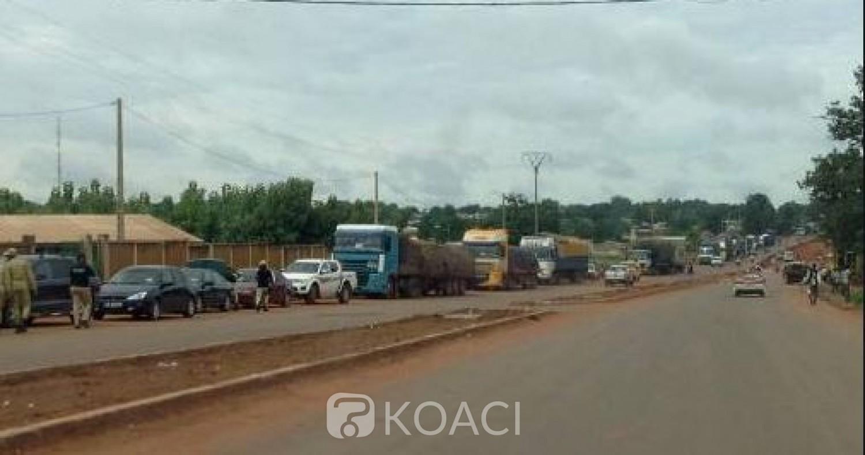 Côte d'Ivoire : Deux postes douaniers « attaqués » dans le nord, pas de perte en vie humaine, le matériel incendié par les assaillants