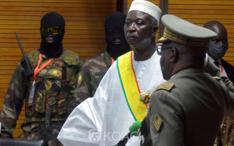 Mali : Bah Ndaw et son premier ministre toujours à Kati, leur arrestation liée à l'éviction de deux piliers de la junte au gouvernement