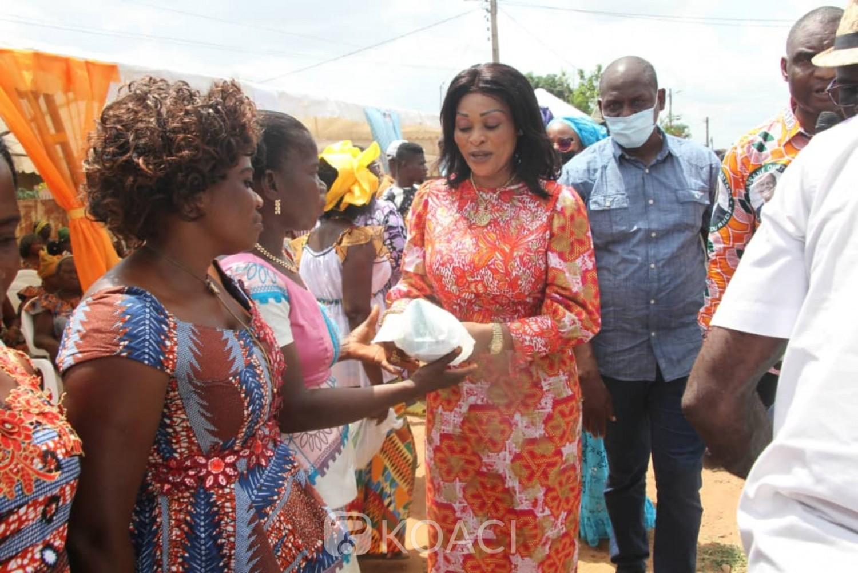 Côte d'Ivoire : Communiant avec ses sœurs, dame Koné Amadou invite les femmes du Gbêkê à être des ambassadrices de Paix