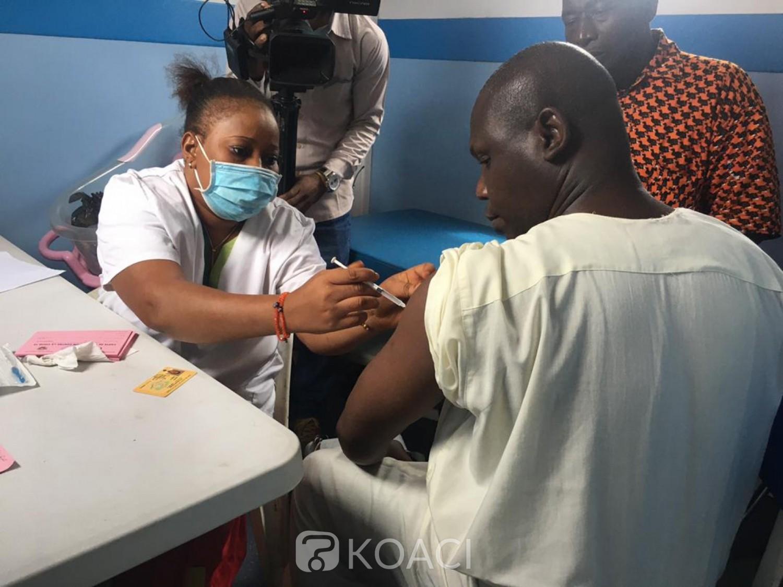 Côte d'Ivoire :  Vaccin contre la COVID-19, les forces de défense et de sécurité en tête des personnes vaccinées