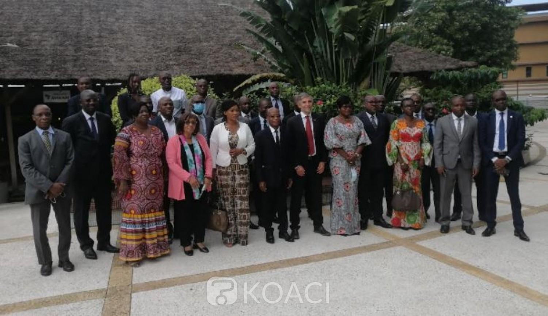Côte d'Ivoire : 13 ministères et les partenaires sociaux font le bilan à mi-parcours des engagements du Gouvernement à «faire du travail décent et de l'emploi productif une réalité pour la jeunesse »