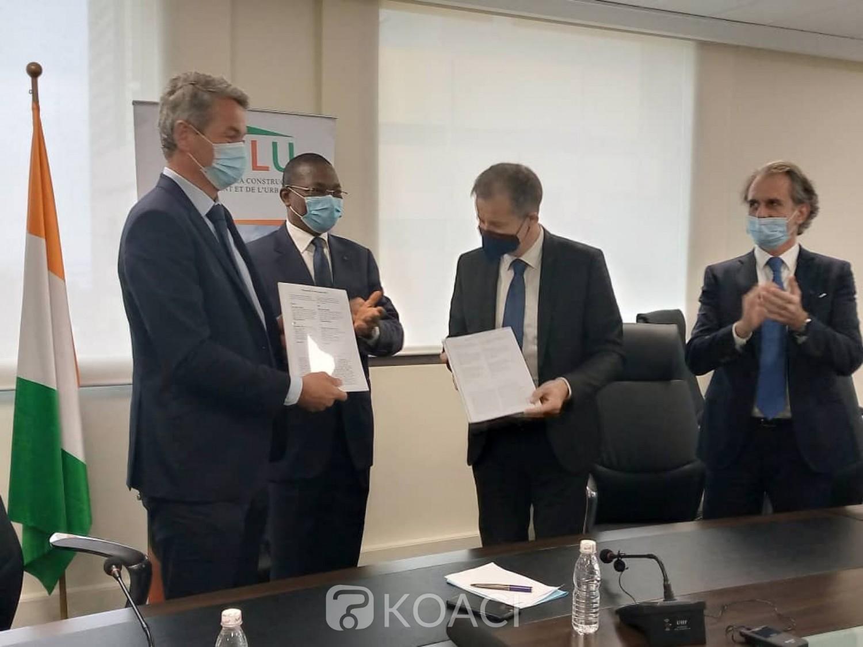Cote d'Ivoire - France : À son cabinet au Plateau, Bruno Koné témoin de la signature d'un protocole d'accord pour la construction de logements sociaux