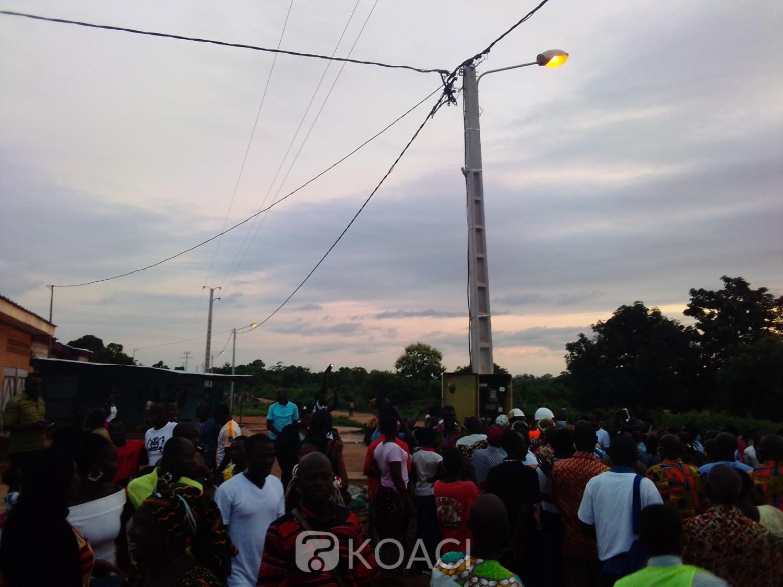 Côte d'Ivoire : Après 25 ans dans le noir, Amanibo un quartier de Bouaké enfin connecté au réseau électrique sous la houlette du maire