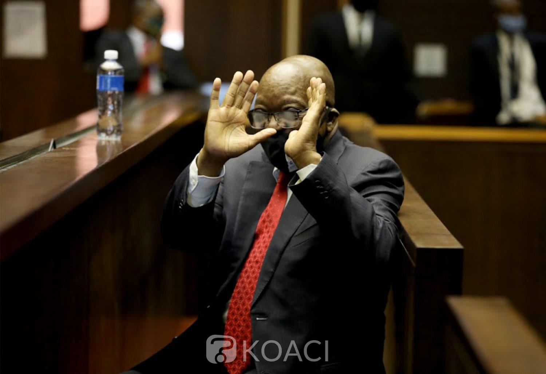 Afrique du Sud : Condamné à 15 mois de prison , Jacob Zuma prié de se rendre