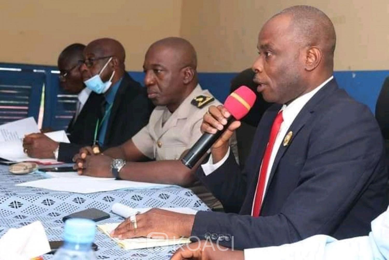 Côte d'Ivoire : Danané, en plein Conseil Municipal, le maire Ouattara Lacina s'insurge contre l'incivisme fiscal des opérateurs économiques