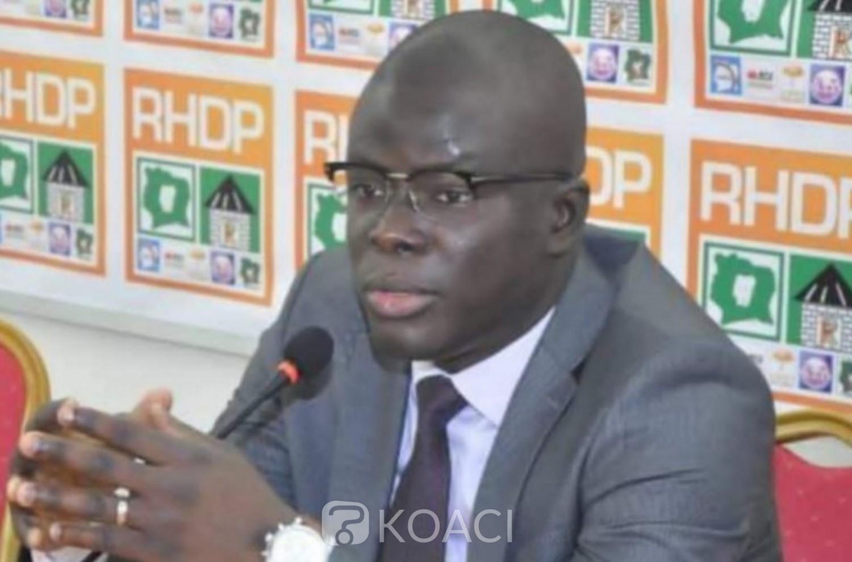 Côte d'Ivoire :    Attaques contre Gbagbo, le DEA jeunes du RHDP se dit solidaire de la sortie du Secrétaire exécutif de son parti politique