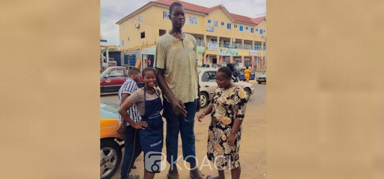 Ghana :  Vie de « Charles le plus élancé » à Ho et ses requêtes