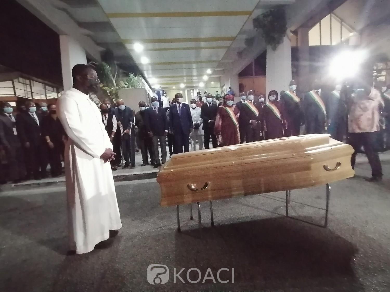 Côte d'Ivoire :    Décédé le 16 juillet à Paris, la dépouille de l'Ambassadeur GOMIS rapatriée à Abidjan, l'inhumation prévue le 29