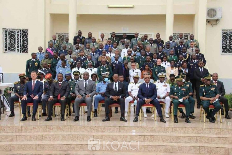 Cameroun : 59 officiers militaires africains formés à l'école supérieure internationale de guerre de Yaoundé