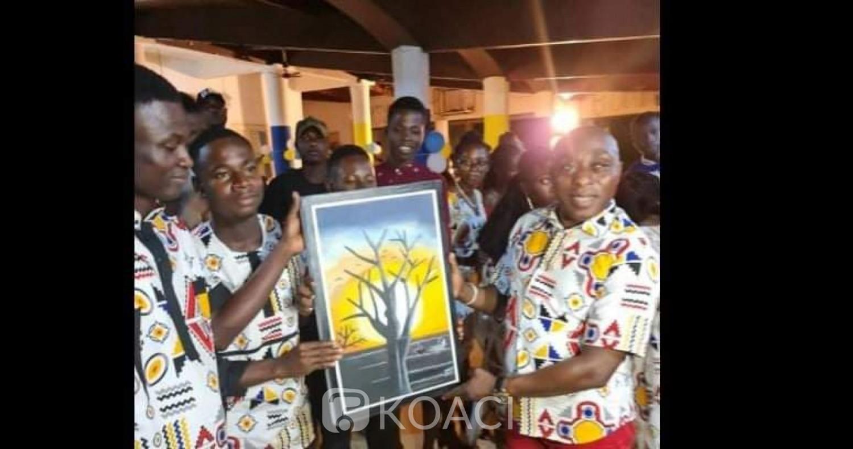 Côte d'Ivoire : Célébration de l'excellence, Kakou Brou satisfait des résultats du BEPC dans la DREN d'Ayamé et espère un meilleur score au BAC