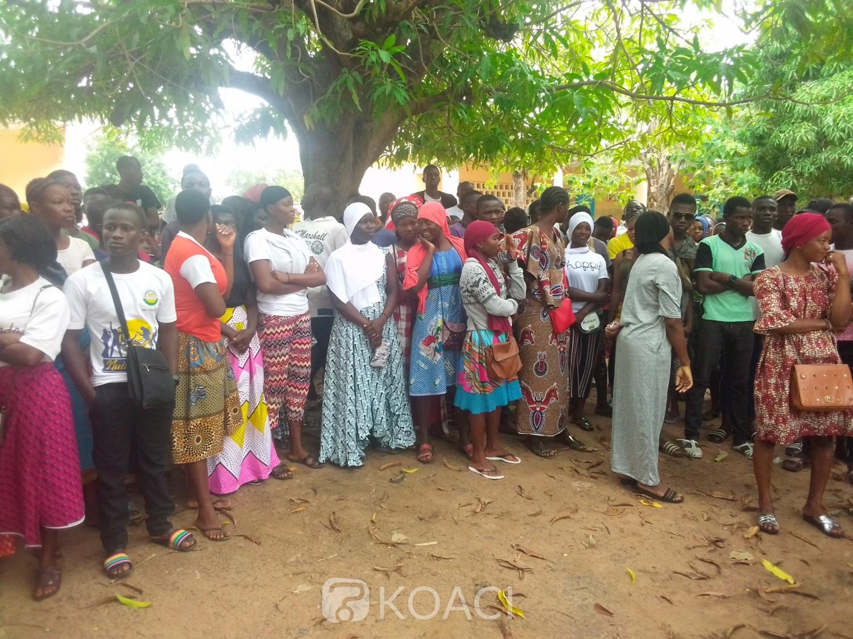 Côte d'Ivoire : Ferké, lors de la proclamation des résultats du BAC, un cafouillage créé suite   à la question des centres annexes de correction