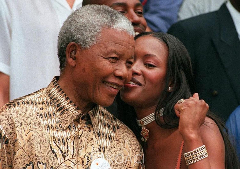 Afrique du Sud : Naomie Campbell accuse Jacob Zuma d' être responsable des émeutes