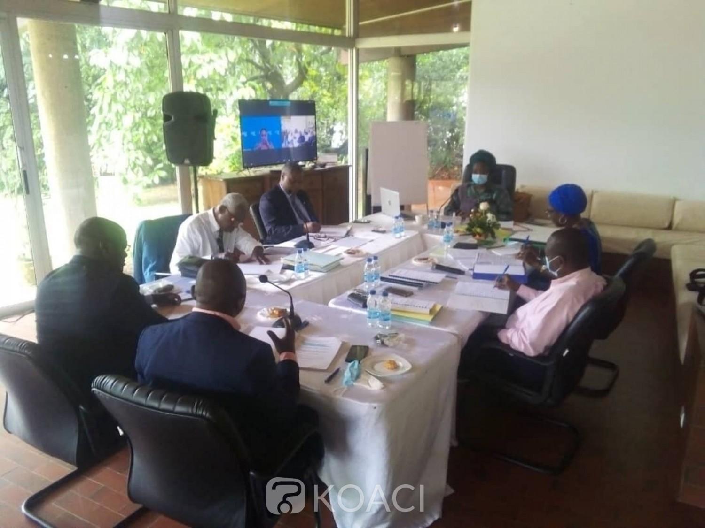 Côte d'Ivoire : Avant l'AG ordinaire, le CONOR-FIF réfléchit sur les  nouvelles orientations des statuts et de code électoral  à soumettre aux clubs