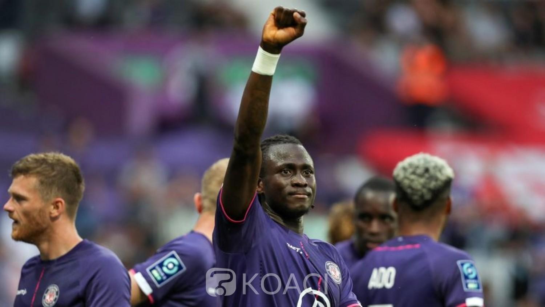 Guinée : Les clubs européens rapatrient  leurs joueurs bloqués à Conakry après le coup d'Etat militaire