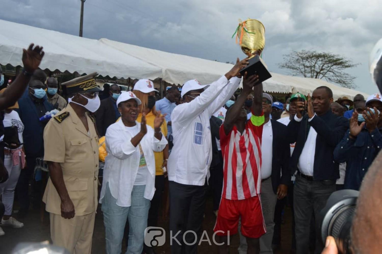 Côte d'Ivoire:    Kocoumbo, 5 ministres aux côtés de Goudou pour la finale d'un tournoi de football de la fraternité, de la cohésion et du vivre ensemble