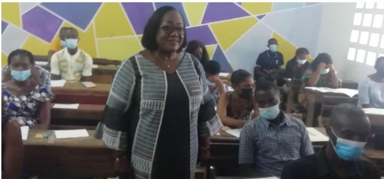 Côte d'Ivoire : Critiques sur la visite médicale aux  concours administratifs de la fonction publique, les précisions de la Ministre Anne Ouloto
