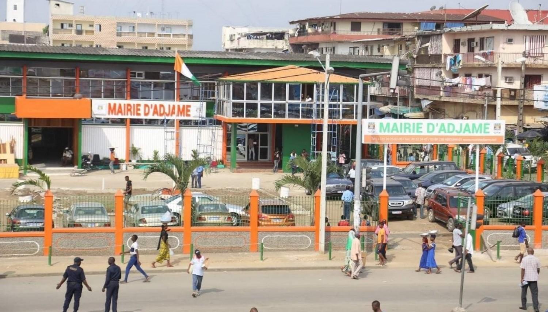 Côte d'Ivoire : Retrait des CNI à la Mairie d'Adjamé, les pétitionnaires crient au racket