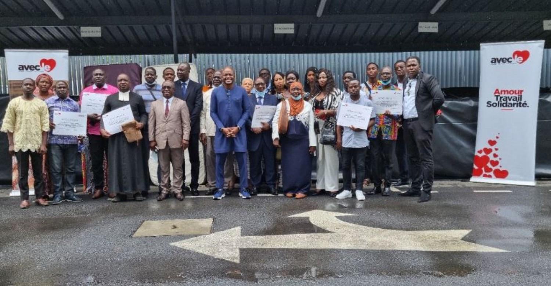 Côte d'Ivoire : Une douzaine d'organisations sanitaires, éducatives et sociales reçoivent des importants dons