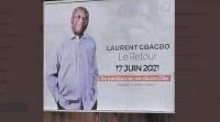 Côte d'Ivoire : Panneaux de retour de Gbagbo en ville et billet d...