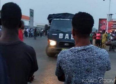 Côte d'Ivoire : A Abobo-Doumé, des jeunes ébriés bloquent les rues et réclament l'installation d'Ehouo, transport perturbé