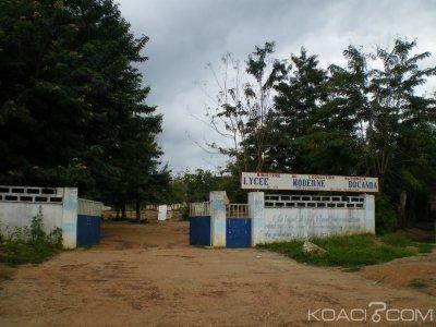 Côte d'Ivoire : Congés anticipés, quand les enseignants et  responsables  se révoltent contre les élèves en  fermant les classes
