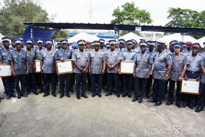 Côte d'Ivoire : Le  Général Apalo TOURE récompense les gendarmes qui ont une haute idée de leur fonction