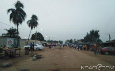Côte d'Ivoire: Un arbre s'abat sur des baraques à Cocody, un mort et de nombreux dégà¢ts