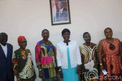 Côte d'Ivoire : Bro Grébé chez Mariatou Koné pour parler de la réconciliation