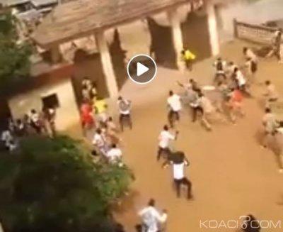 Côte d'Ivoire: (Video) Des élèves s'affrontent à coups de cailloux à Abobo