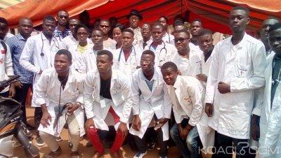 Côte d'Ivoire : Bouaké, menée par des étudiants en médecine,     la population bénéficie d'une action de dépistage gratuite