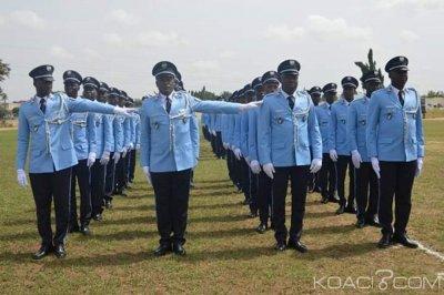 Côte d'Ivoire : 97 élèves commissaires de police reçoivent leurs épaulettes