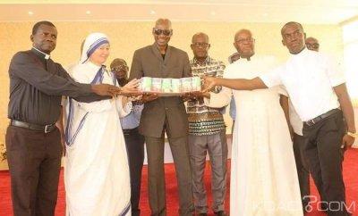 Côte d'Ivoire : Koumassi, Bacongo fait don de 7 millions de FCFA de kits alimentaires aux chrétiens de sa commune en cette période de carême