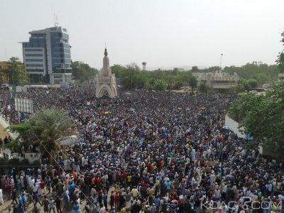 Mali : Massacre de Ogossagou, 15 000 maliens manifestent à Bamako et exigent la démission du gouvernement