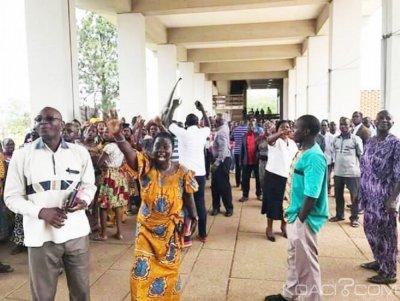Côte d'Ivoire : Université de Cocody, après les enseignants au  tour du personnel  administratif et technique d'observer un arrêt de travail ?