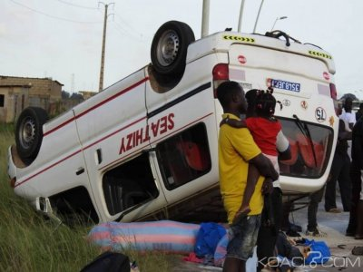 Côte d'Ivoire : Sur la nouvelle route de Bassam, un mini car de transport renverse ses passagers, 18 victimes