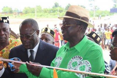 Côte d'Ivoire : Depuis Raviart, Ahoussou demande à Bédié et Ouattara de se donner la main à l'image de leurs épouses
