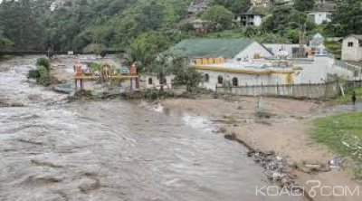 Afrique du Sud : Au moins 33 morts  dans des glissements de terrain et des inondations